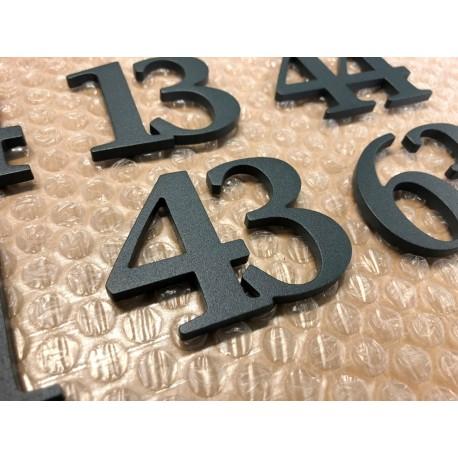 Design numéro assemblé - Inox avec peinture au four - Numéro au choix - Taille 5, 7 ou 10cm