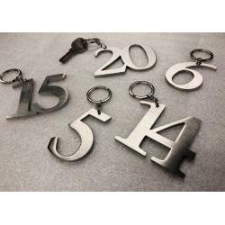 Porte-cles chiffres hôtels luxe - 7cm ep4mm - Inox ou Laiton brossé