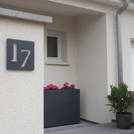 Numéros décalés - Plaque habitation inox avec peinture cuite au four- 176x176 ou 195x130