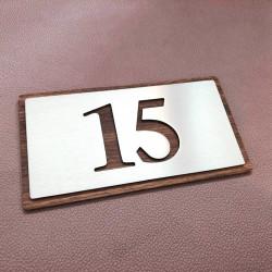 Plaque numéro inox 153x82 - Avec Fond bois noyer - Numéro au choix